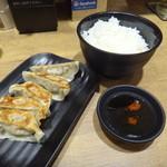 ちゃんぽん亭総本家 - 餃子セット