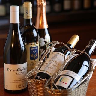 シニアソムリエが選ぶ、料理に寄り添うワイン。