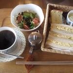 喫茶去 - 玉子サンド中心でパンの生地もソフトで美味しい