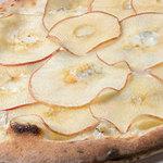 アザリア - 増毛りんごと江丹別ブルーチーズ