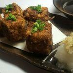 ゆるり家 - 鰹節を身に纏った揚げ豆腐が好食感パリパリです。お手製の天つゆにたっぷり浸してどうぞ。