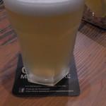 Irish Bar Craic - ヒューガルデン・ホワイト(レギュラー)850円