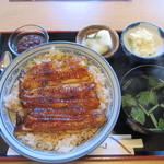 山水 - 料理写真:鰻丼 Lの大盛