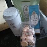 T|M - 料理写真:紅茶、メレンゲ