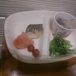 シズラー - モーニング、鯖、明太、トマト、納豆