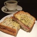 上島珈琲店 - クロックムッシュとブレンドコーヒー