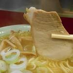 太源 - 680えん『ニンニクラーメン(麺かため指定)』2014.3