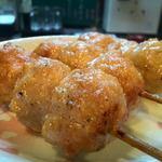 串太郎 - 料理写真:つくね。表面はカリっ。中はホワン。丁寧に焼くからこその、美味しさ。