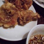 暖龍 - 若鶏の唐揚げ / 葱ソース 4個¥368(税込)