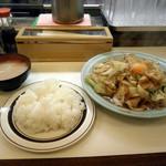 洋庖丁 - スタミナ焼き720円