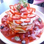 25366572 - 苺づくしのパンケーキ