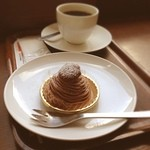 上島珈琲店 - モンブランとコーヒー