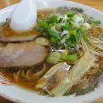 ら~めん山家 - 醤油ラーメン+ミニ豚丼800円