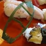 寿司海鮮 たはら - この笹切りの技も素晴らしい…!!