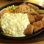 キッチン欧味 - ジャンボエビフライ定食のアップ画像