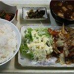 くつろぎ食堂 - 定食(豚焼肉)