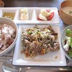 AIRSIDE CAFE - お昼ごはんランチ ¥950