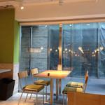 カフェ テーブルテラス - オシャレな空間です