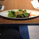 カフェ テーブルテラス - ランチのサラダです!