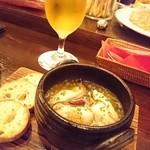 ピッコロジャルディーノ - 牡蠣のアヒージョ