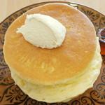 カフェ アリエッティ - プレーンパンケーキ(アップ、2014年3月)