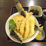 海鮮屋台 新鮮組 - 天ぷら丼 650円