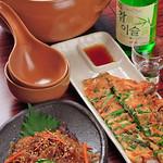 Takeshoku - 焼肉以外にもお酒はチャミスル、マッコリ、お料理はチヂミ、チャプチェと韓国料理を各種ご提供。
