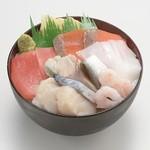 丼ぶりこ - 一番人気!!海鮮丼500円+税