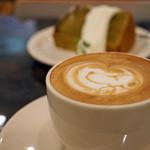 THE CAFE - スヌーピーのラテアート:カフェラテ