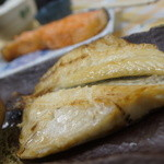 25405744 - つぼ鯛定食+サーモン塩焼き