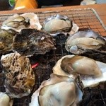海鮮炭火焼かき翔 - 焼き牡蠣 食べ放題
