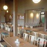かわら亭 - 道の駅本館内のテーブル席