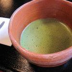 いろり茶屋 織田瓜 - 菓子付お抹茶420円