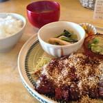 喫茶ウズラ - 日替わりランチ(ロースとんかつ)