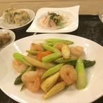 中国料理 白楽天 - 富山第一ホテルの白楽天でランチ^o^ アスパラがとっても美味しかった!