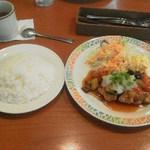 ココス - 料理写真:日替わりランチ680円
