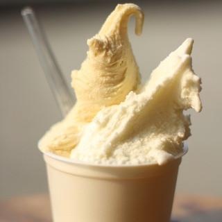 G.エルム - 料理写真:牛乳とキャラメル。