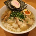 麺屋 すずらん - #089 @鶏出汁のしお+ホルモン900円