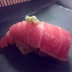 寿司処 しん - 濃厚な中トロでした。