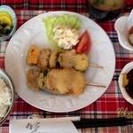 ひよっ子 - ある日の日替わり定食 ¥750(串カツ)