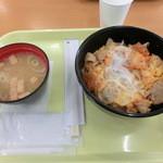 千葉市動物公園 森のレストラン - 豚キムチ丼