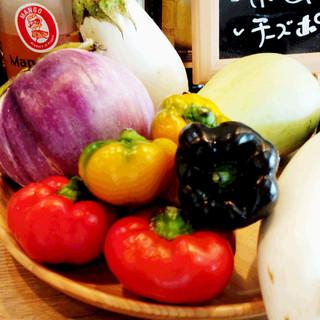 野菜ソムリエのオーナーシェフが選らんだ地元の野菜