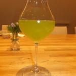 25459156 - ランチセット 900円の緑茶 【 2014年3月 】