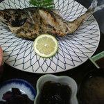 磯一 - 焼き魚定食 かんぱちの姿焼き!でかいですよ!