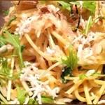 ふゅーちゃ - 水菜とじゃこの 和風スパゲッティー ¥1300
