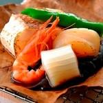 銀座むらき - 魚の朴葉焼