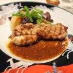 横濱元町 霧笛楼 - 仏蘭西の雛鳥の網焼き