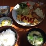 大橋 - 日替わり定食¥750