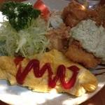 大橋 - 今日は、シャケフライ、鶏唐揚げ、オムレツ