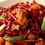刀削麺・火鍋 XI'AN - スパイスタップリ、鶏肉のピリ辛炒め